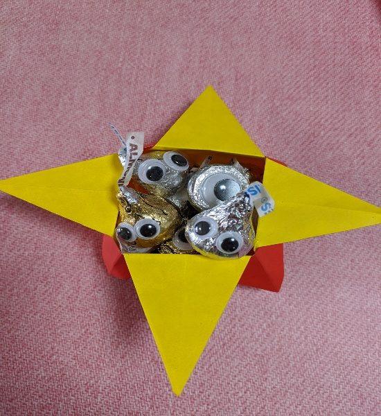 ばらまきお菓子,ラッピング,簡単,コスパ,折り紙,つのこう箱,折り紙箱 つのこう箱