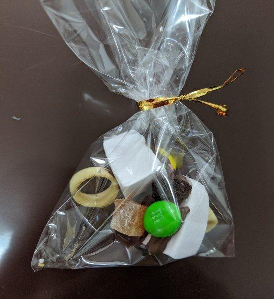 手作りお菓子のラッピング、100均袋