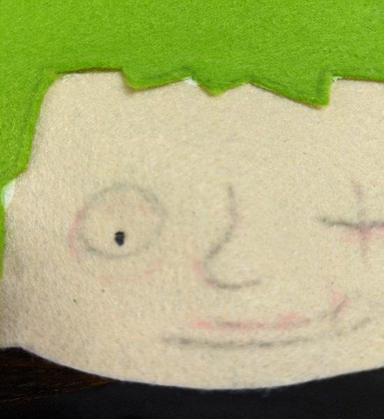 カラー帽子,デコ,フェルト,アップリケ,やり方,男の子,キャラクター,目立つ,ピンク